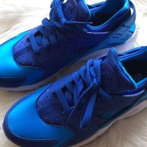 58862219e7ae Nike Shoes - Nike id huarache blue women s size 8 shoes